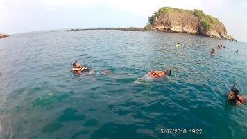 Snorkelling in Koh Samet