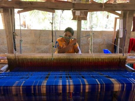 selyn sri lanka, fair trade production, handloom production, weaving centres