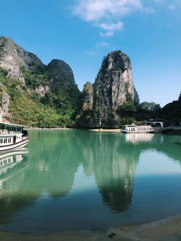 halong bay, tour, travel, explore, vietnam, hanoi, limestone, cruise