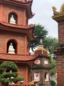 hanoi, vietnam, cultural, solo travel, tran quoc pagoda, temples
