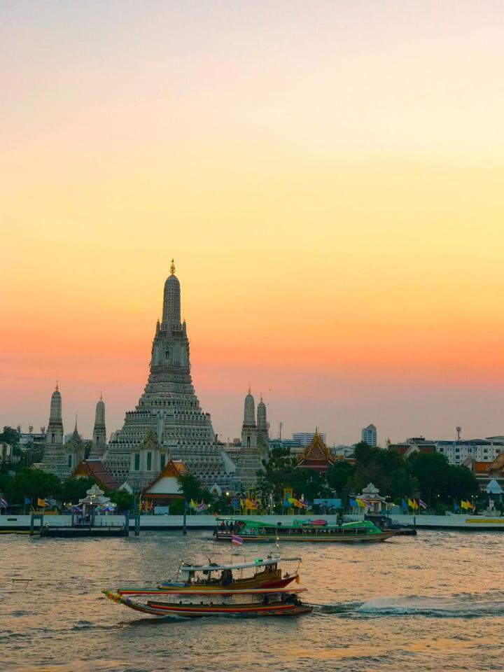 bangkok, thailand, sunset, wat arun, temples, asia, travel, mashal mush, saras henna