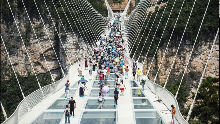 china, travel, over tourism, population, glass bride