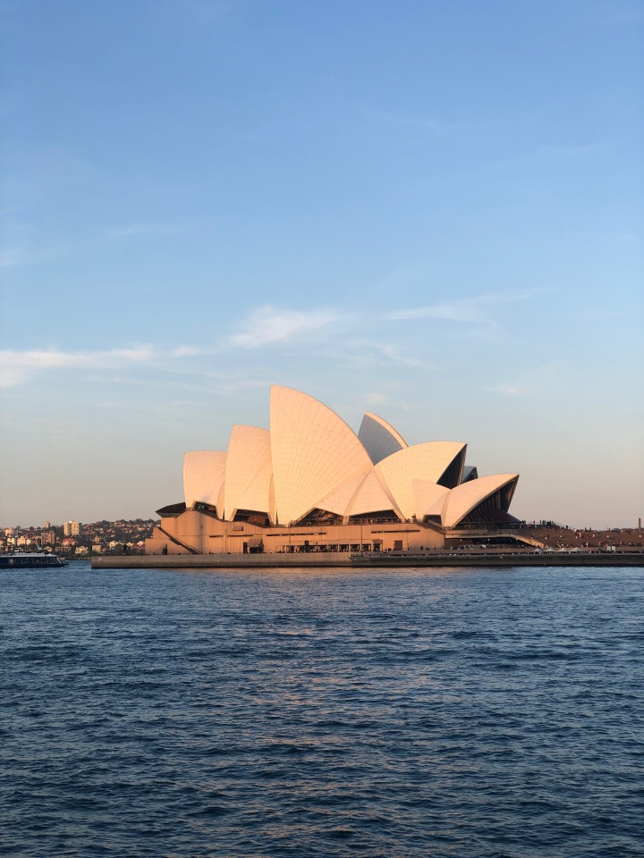 australia, sydney, travel, tourism, explore, food, eat, stay, visit, opera house